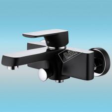 Смеситель для ванны D&K DA1433215 однорычажный, литой излив, хром/черный